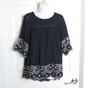 Entro embroidered top